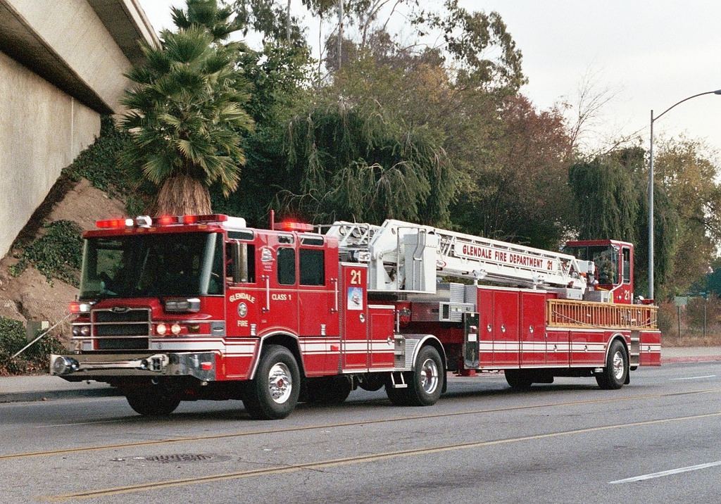 The Car Company >> CA, Glendale Fire Department Ladder