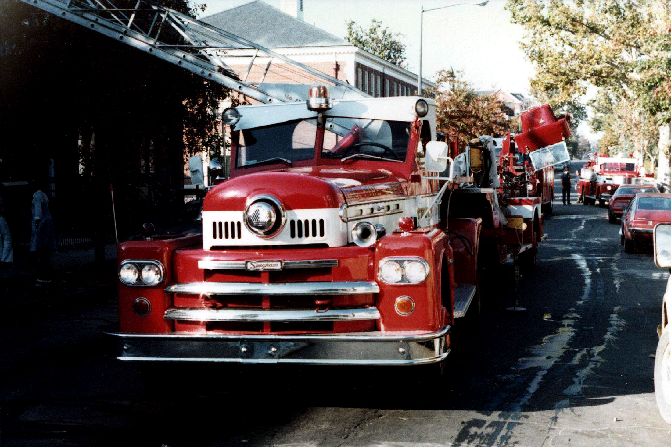 Seagrave Fire Apparatus >> DC, Dictrict of Columbia Fire Department Old Ladder