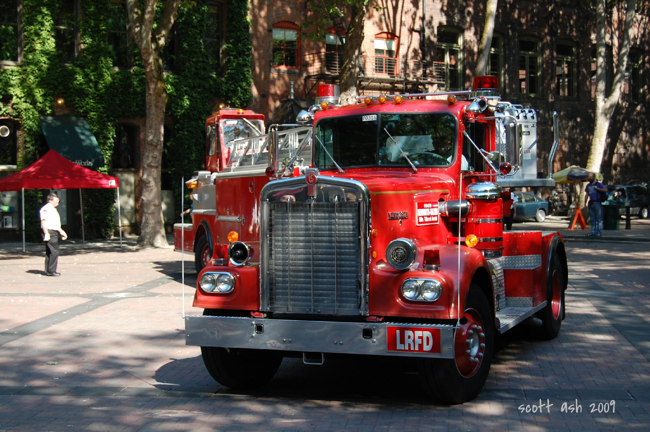Seagrave Fire Apparatus >> Wa , Seattle Fire Department : Old Company